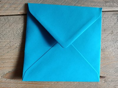 Enveloppen 15,5x15,5cm 120 grams blauw per 10 stuks