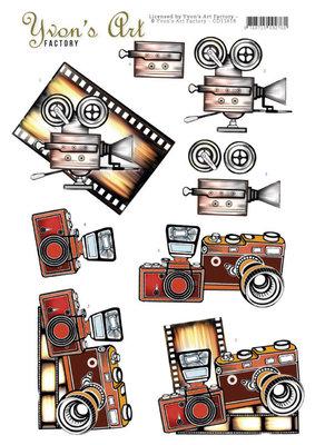 CD11618 3D Cutting Sheet - Yvon's Art - Camera