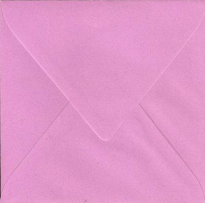 Enveloppen vierkant 14x14 10 stuks Fuchsiapaars (120gr.)
