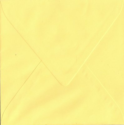 Enveloppen vierkant 14x14 10 stuks Lichtgeel (90gr.)