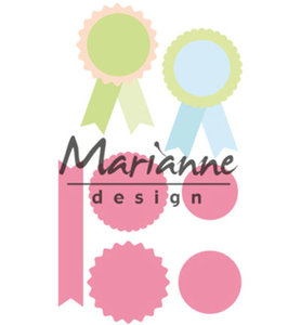 COL1444 - Marianne Design - Collectables - Rosettes en Labels - 38x50mm